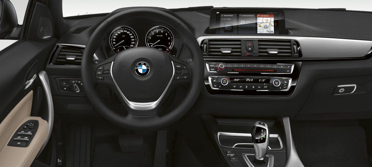 BMW 2er Cabrio, Cockpit