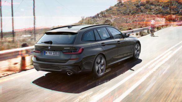 BMW 3er Touring von rechts hinten
